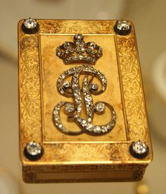 Gold snuff box, Paris 1838