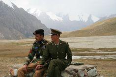 Chinese and Pakistani border guards