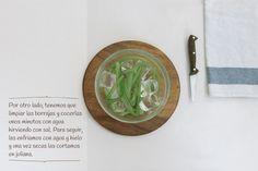 3  paso - Crema de cebolla de Fuentes con nido de borrajas y tierra de longaniza de Graus. http://www.recetasoidococina.es/crema-de-cebolla/
