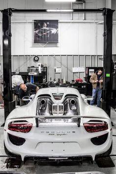 Cool Porsche: Porsche 918 Spyder | © | HC...  Ein Porsche Leben Check more at http://24car.top/2017/2017/05/16/porsche-porsche-918-spyder-hc-ein-porsche-leben/