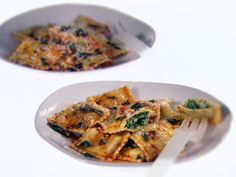 Ravioli with Spicy Sage Butter Recipe : Giada De Laurentiis : Food Network - FoodNetwork.com
