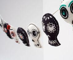Day of the Dead Sugar Skull decoration garland, Mexican folk art  (on Etsy)