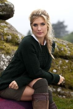 This alpaca wool/cotton mix women's knitwear piece is a new addition to Dubarry's range of knitwear for women. Available in three distinctive colours, each matches beautifully with our country clothing range.