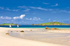 Isles of Scilly, UK. Who knew there are places that look like this in the UK!