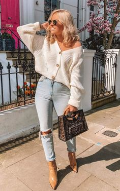 Angashion Women's V Neck Button Down Long Sleeve Cable Knit Cardigan Sweaters Outerwear Tops Trendy Fall Outfits, Date Outfits, Winter Fashion Outfits, Cute Casual Outfits, Fall Winter Outfits, Stylish Outfits, Cold Summer Outfits, First Date Outfit Casual, Cold Weather Outfits Casual