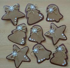 Good Idea for Christmas Cards. Felt Christmas Ornaments, Noel Christmas, Christmas Gift Wrapping, Rustic Christmas, Winter Christmas, Christmas Cards, Christmas Decorations, Christmas Paper, Christmas 2017