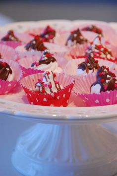 Valentine's Day marshmallow Marshmallow, Valentines Day, Cereal, Breakfast, Crafts, Food, Marshmallows, Valantine Day, Breakfast Cafe