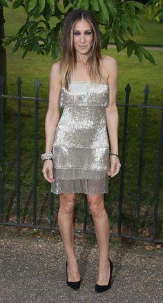 Sarah Jessica Parker vestido dorado con flecos