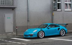Miami Blue Porsche 911 GT3 RS