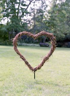 perfect detail for a rustic chic wedding