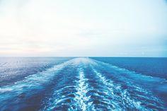 20 Beautiful Ocean Wallpapers To Freshen Up Your Desktop.