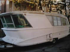 """Holiday House 1960 Model """"X""""- Geographic travel trailer"""