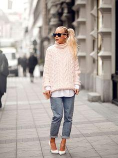 Le pull XXL doudou - Streetstyle : les 15 plus beaux looks repérés sur Pinterest - Photos Mode - Be.com