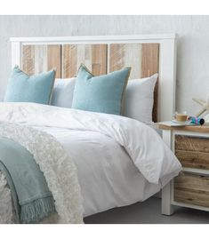 Buy King Size Bed Headboards from South Africa's largest online furniture store. Cielo stocks a variety of home headboard designs in different shapes and sizes. Buy your dream headboard today! King Size Bed Headboard, Double Headboard, White Wooden Headboard, Wood Headboard, Buy King Size Bed, Headboards For Sale, Pallet Beds, Headboard Designs, Online Furniture Stores