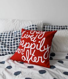 Happily Ever After Cushion in Red by Auntycookie, available on etsy. Cool DIY with solid colored pillow and bleach pen