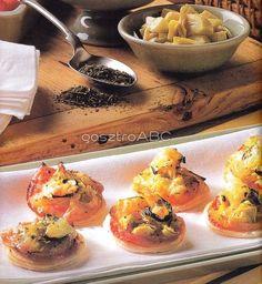 Mini pizza leveles tésztából | Receptek Minion, Mozzarella, Muffin, Pizza, Breakfast, Food, Morning Coffee, Muffins, Meals