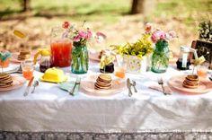 Outdoor-Wedding-Brunch-Ideas