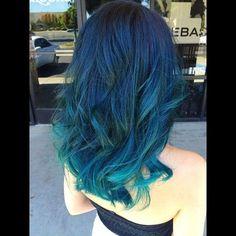 Blue hair l Tumblr