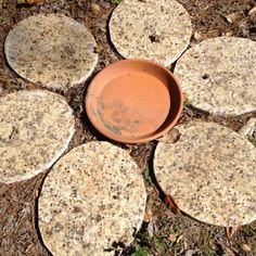 Granite sink cut outs used to make a 'flower' Garden Projects, Recycling Projects, Wood Projects, Garden Ideas, Granite Remnants, Whiskey Barrel Sink, Cutting Board Material, Glass Sink, Wall Of Fame