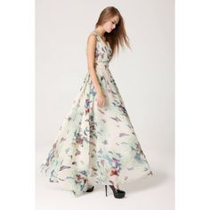 Vestido Primavera Elegance Vestido longo em tecido Chiffon com manga curta em linda estampa branca abstrata de borboletas. R$ 110,20  #vestidolongo #vestidoestampado #vestidoborboleta #vestidochiffon #vestidomangacurta #vestidodecoteV  #vestidolongo #lojaoziris #moda #verao2014 #modafeminina #animalprint #borboleta