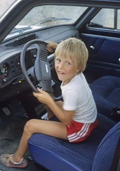 Safe Journey - Essential Tips For Family Car Safety - Mother Distracted Parenting Teens, Parenting Hacks, Safe Journey, Young Family, Public School, Learning, Tips, People, Montgomery County
