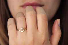 Curved Wedding Ring - Pointy Stacking Ring - 14k Solid Gold