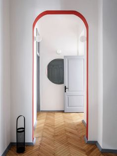 Looking for easy DIY wall decor ideas? We've rounded up the best DIY wall art that anyone can master. Door Design, House Design, Cool Wall Decor, Painted Doors, Interior Inspiration, Beautiful Homes, Diy Home Decor, Interior Decorating, Arch Interior