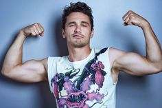 413 отметок «Нравится», 1 комментариев — All things James Franco (@francofeen) в Instagram: «James talking in OUT magazine. I've been learning to surf, and now I'm at the International…»