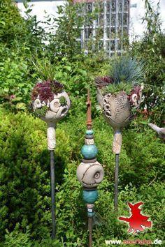 Gartenkeramik - All For Garden Clay Flowers, Ceramic Flowers, Sculpture Art, Garden Sculpture, Yard Sculptures, Garden Totems, Garden Ornaments, Clay Projects, Yard Art