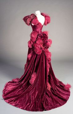 Ball gown, Gone with the Wind, Worn by Vivien Leigh, as Scarlett O'Hara, Costume design by Walter Plunkett, 1939