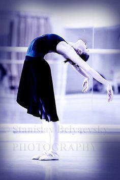 Olga Smirnova at Vaganova Ballet Academy.  Photo by Stanislav Belyaevsky
