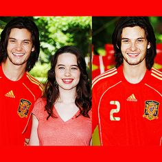 They look like brother and sister here! Narnia Cast, Anna Popplewell, Ben Barnes, Chronicles Of Narnia, Happy Endings, Middle Earth, Beauty Queens, My Boyfriend, Bff
