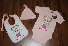Baby Geschenke Set Body+Mütze+Lätzchen Gr.62 von Jannilus-Kidzshop auf DaWanda.com