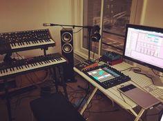 #synthetizers #synths #synth #midimurf #strymonbigsky #strymon #abletonpush2 #ableton #moogmusic #moog #prophet08 #davesmithinstruments #music #sub37 #homestudio #amsterdam # by simon__