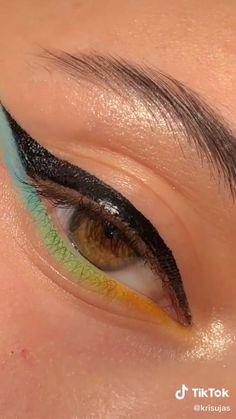 Makeup Eye Looks, Eye Makeup Steps, Eye Makeup Art, Eyebrow Makeup, Skin Makeup, Eyeshadow Makeup, Beauty Makeup, Creative Eye Makeup, Colorful Eye Makeup