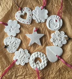 Hottest Pic air dry Clay ornaments Suggestions Air dry clay is supplied in a sealed, foil pack and is ready-to-use for modelling and craft project Clay Christmas Decorations, Christmas Clay, Diy Christmas Ornaments, Handmade Christmas, Holiday Crafts, Christmas Stars, Merry Christmas, Christmas Ideas, Polymer Clay Ornaments