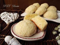 Biscotti morbidi senza glutine al cocco, fatti senza latte e senza burro. #biscotti #cocco #mordidi #senzaburro #senzaglutine #senzalatte #pasticceria #senzalattosio #ricetta #recipe #italianfood #italianrecipe #PTTRicette