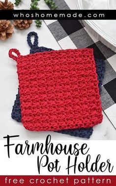Farmhouse Pot Holder Free Crochet Pattern This pot holder crochet pattern is quick, easy, and beginner friendly! Perfect for stocking stuffers, holiday gifts, or for craft markets! The pattern takes l Crochet Pig, Crochet Easter, Crochet Hot Pads, Crochet Home, Chunky Crochet, Diy Crochet, Crochet For Beginners, Beginner Crochet Projects, Crochet Basics