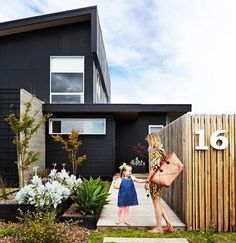 oversize house numbers / black exterior The Black House / Ninemsn Black Exterior, Exterior Colors, Exterior Paint, Exterior Design, Interior And Exterior, Architecture Design, Architecture Interiors, House Numbers, House Colors