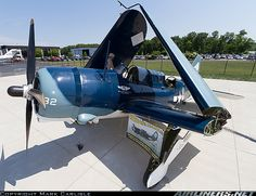 Curtiss SB2C-5 Helldiver aircraft picture
