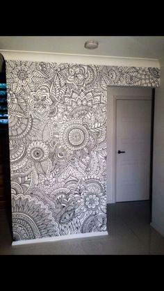 Henna wall art - how cool would this be in a kids room, let them slowly color it…