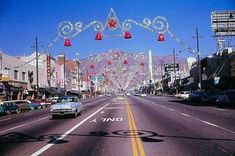 Van Nuys Blvd all dressed up for Christmas