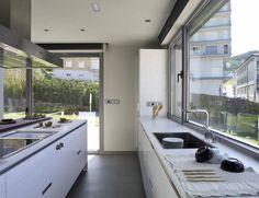 SANTOS kitchen. Kitchen Island, Kitchen Cabinets, Decoration, Design, Home Decor, Cuisine, Kitchen Models, Modern Kitchens, Kitchen Islands