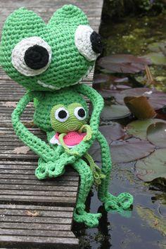 Grote kikker haken met Zpagetti Ribbon XL. Kikker Lizzy - Haakpatroon - Inhaken - Crochet frog