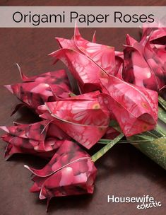 Housewife Eclectic: How to make Origami Paper Roses