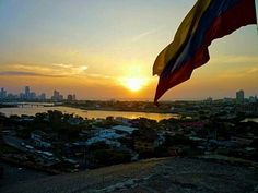 Flashback to my first solo international travel experience in 2011!  This is the view from Castillo de San Felipe de Barajas in Cartagena Colombia.  I must of spent 4 hours here checking out the old castle built in 1536 to defend Spanish interests.  I was struck by the views of the city and the largest flag I'd seen at that point in my life.  Pro tip - bring a book and plan your visit a few hours before sunset.  You won't be disappointed. - Cartagena de Indias Bolivar Colombia… Before Sunset, 4 Hours, Disappointed, Antelope Canyon, Spanish, To Go, Old Things, Castle, Flag