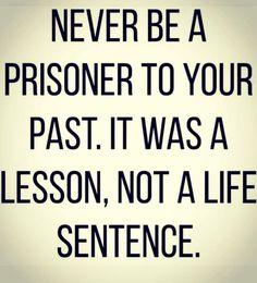 Siempre con tus detalles y tan espléndido. Sentencia pal k . . . Wisdom Quotes, New Quotes, Change Quotes, Go Away Quotes, Great Quotes, Motivational Quotes, Inspirational Quotes, Love Quotes, Quotes To Live By