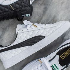 """The Dressed Part II: Inspired by basketball's original fashion icon, Walter """"Clyde"""" Frazier, and his legendary leather cases. All White Sneakers, Sneakers N Stuff, Ankle Sneakers, Puma Sneakers, Puma Suede, Nike Shox, Kinds Of Shoes, Shoe Brands, Valencia"""