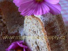 Cuketovo-ořechová bábovka
