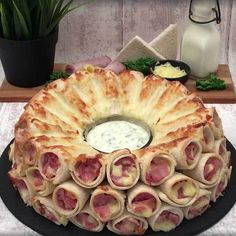 Appetizer Recipes, Snack Recipes, Snacks, Fingers Food, Twisted Recipes, Savoury Baking, Appetisers, Food Preparation, Diy Food
